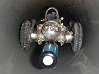 Lekdetectie in riolering met sonar robot