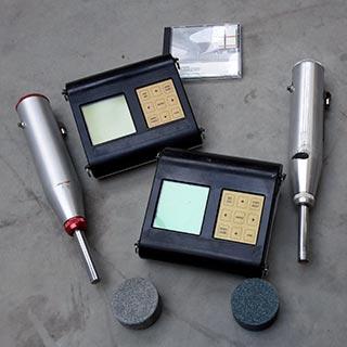 Meetapparatuur voor de hardheidsmeting van beton
